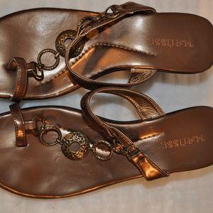 🌻Matisse Sandals Metallic Detail🌻